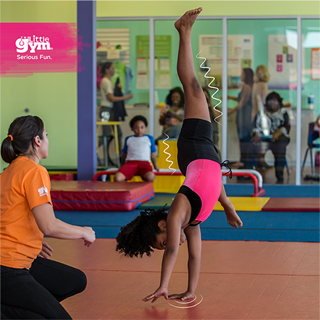 SS_Facebook_PrimarySchool_Cartwheels-in-Motion_Girl-Instructor_LOGO_460x460_EN