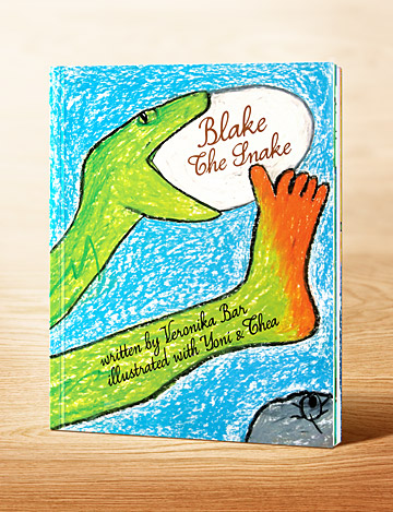 Blake-the-Snake-by-Veronika-Bar-design-Artemio-cz